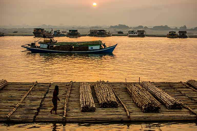Minhla and Gwechaung River Cruises
