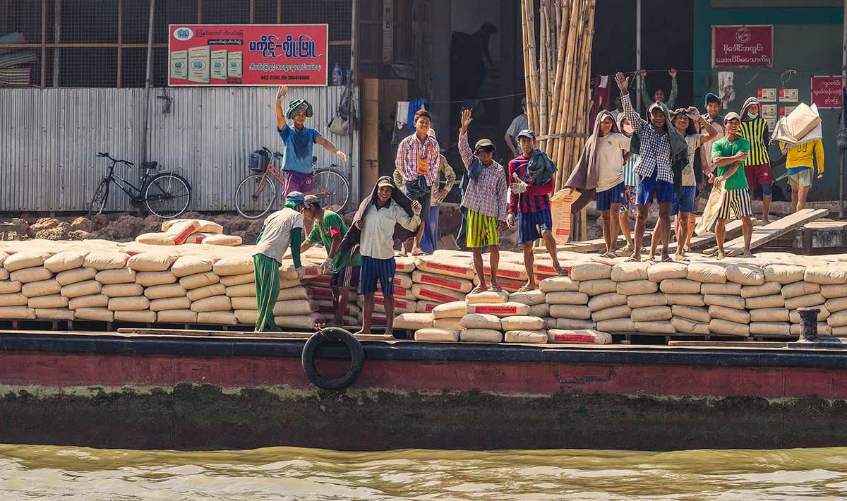 Locals in Myaungmya on the bank of the Irrawaddy Delta