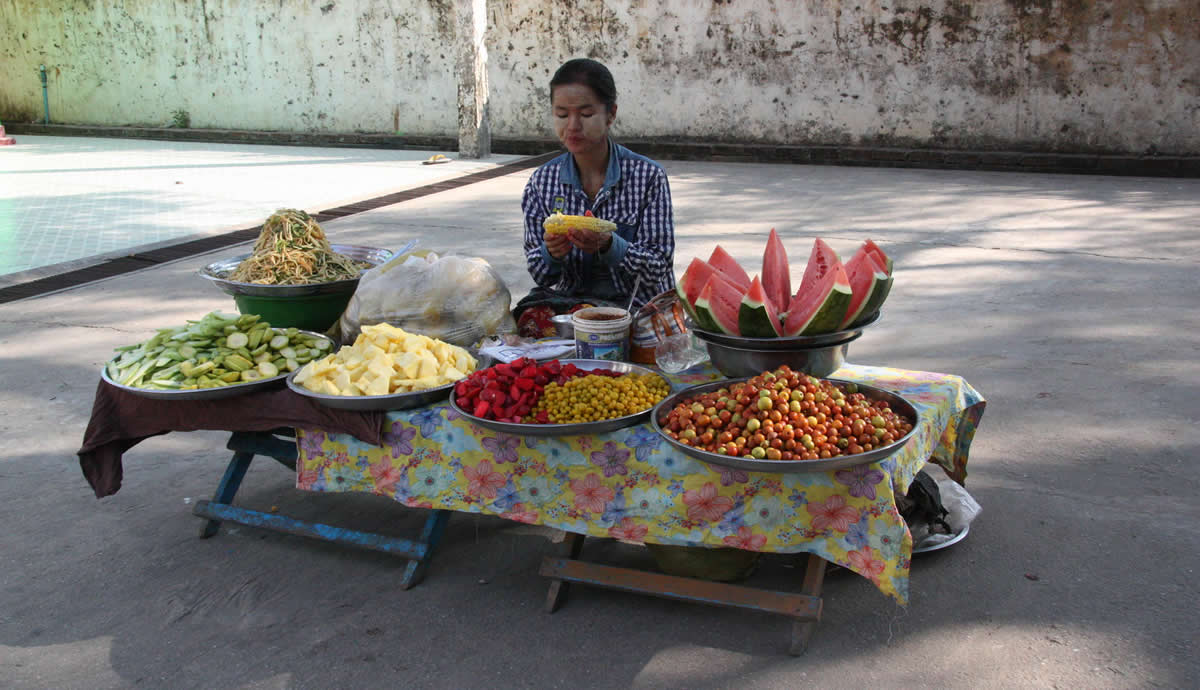 Market stall at Mingun