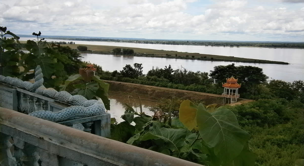 View of the Mekong river from Wat Hanchey